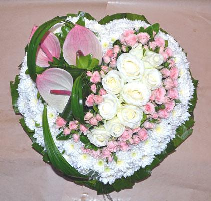 D25 Coeur blanc et rose pastel