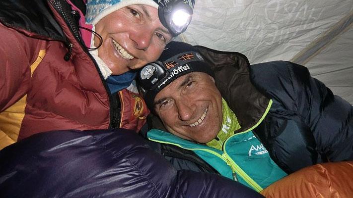 Freude über das windfeste Zelt