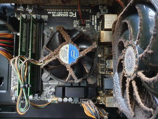 Nettoyage et maintenance d'ordinateurs dans une industrie