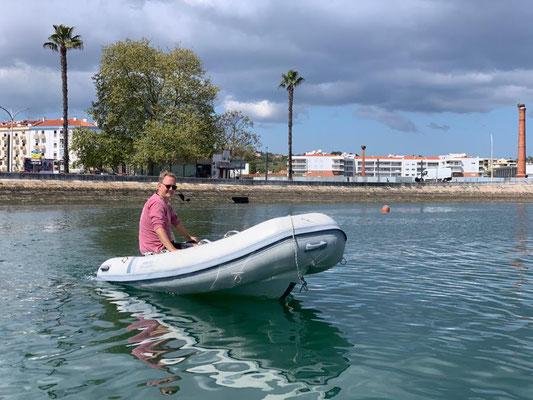 Also brav in der Marina herumschnuppern ...