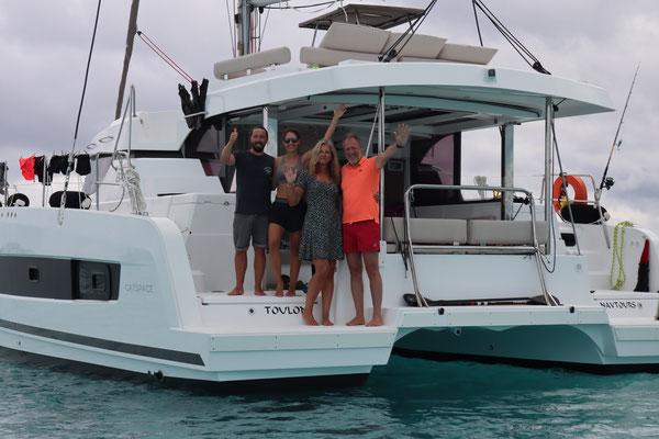 Einziger Wermutstropfen der Reise dank Corona sind bisher alle Besuchspläne ins Wasser gefallen ... deshalb habe ich mich umso mehr gefreut, dass Chris&Crew, die mit dem CharterKat unterwegs waren mich besucht haben! Danke!