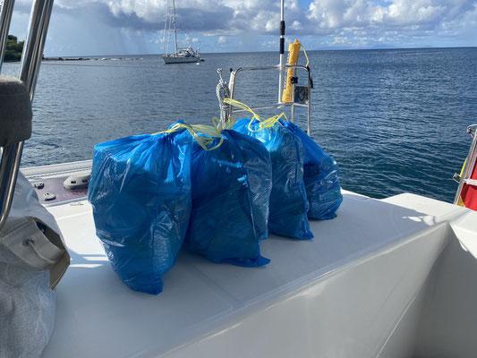 Müllmanagement hat super gekappt unterwegs. Nur 4 Tüten sind zusammengekommen. Dass meiste hatten wir schon in Spanien entsorgt!