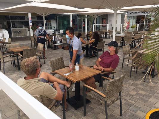 Danach mit Carsten, Petra&Wiolfgang einen kühlen Nachmittagsdrink