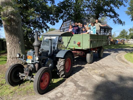 Hauptgrund für den Deutschlandaufenthalt, war die mehrtägige Geburtstagsfeier meiner Tante im Wendland, inkl. Tour mit dem Traktor. Es waren 5 tolle Tage! Vielen Dank!