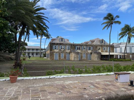 .. gesehen haben wir also vom wunderschönen Antigua nicht viel ... weitere 4 bis 5 Tage haben wir mit Behördengängen, und Flugbuchungen für Petra und Wolfgang verbracht, sowie den erforderlichen COVID Tests ...