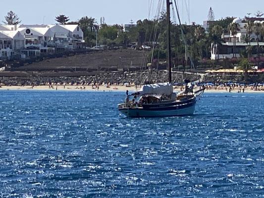 Die Strände und Hotels füllen sich langsam wieder hier auf der Insel ...