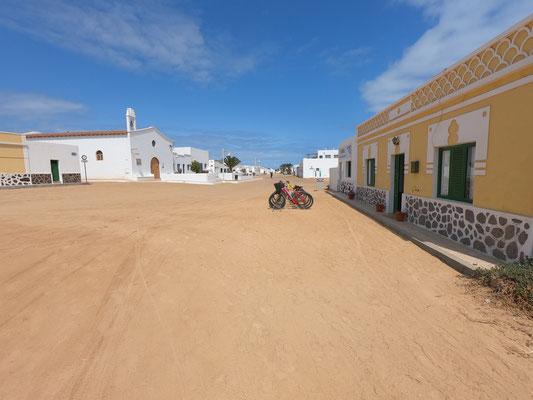 """Die Letzten """"offenen Punkte"""" auf Lanzarote werden diese Tage """"abgehakt""""! ... letzte Woche ging es nach La Graciosa ... eine schöne kleine Insel nördlich von Lanzarote"""