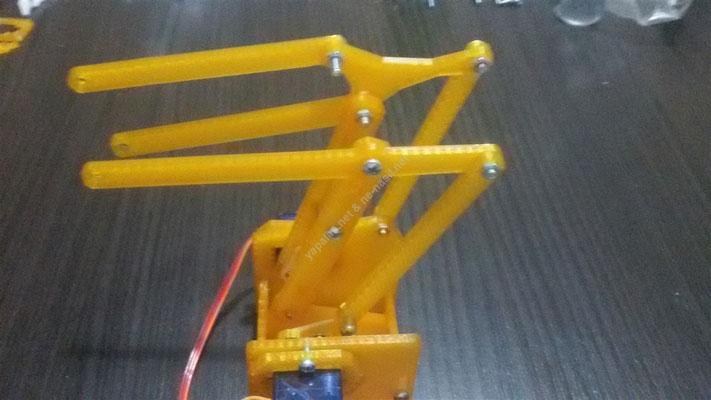 joystick kontrollü robot kol