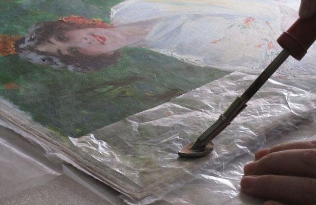 Proceso de fijación de la capa pictórica.