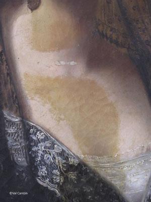 Proceso de limpieza. Eliminación de barniz oxidado, repintes y estucos de una anterior intervención.