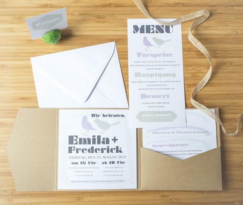 Hochzeitsset mit Kraftpapier-Pocketfold (Juhu Papeterie, Hochzeitsset, Kraftpapier, moosgrün, Lavendel, Vintage, Hochzeitseinladung)