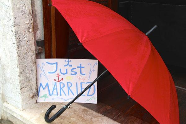 Schirm für die Hochzeit
