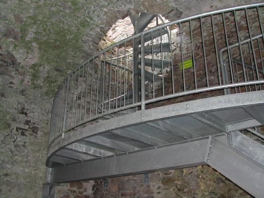 Bergfried-Stiege