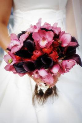 Brautstrauß: Bordeaux, Fuchsia