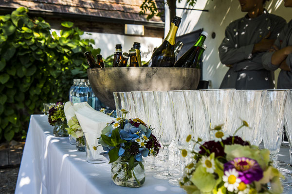 Getränkebar im Freien - Dekoration im taubenkobel