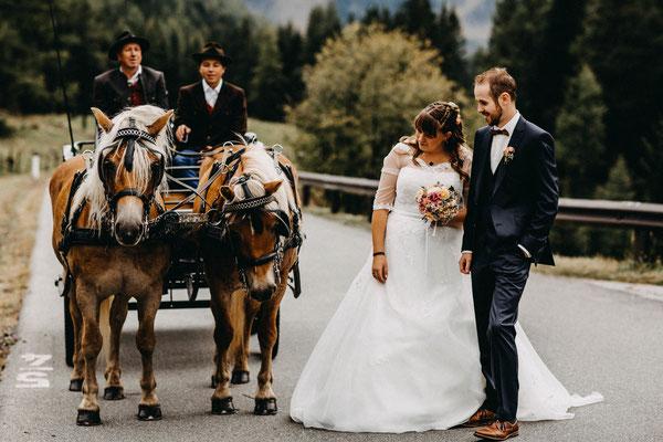 Eine romantische Kutschenfahrt in den Kärntner Nockbergen © Andreas Schuller Storytelling Photography