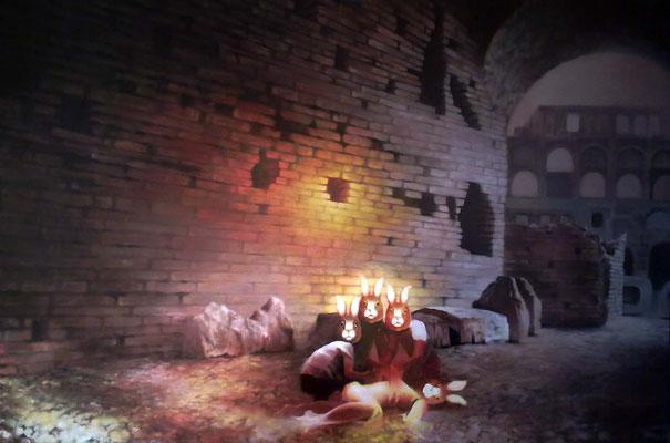 <b>Pfad der Gerechten</b><br />2012<br />Acryl auf Baumwolle<br />150 x 100 cm