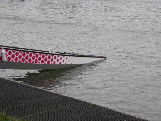 Unser Boot berührt das erstemal das Wasser