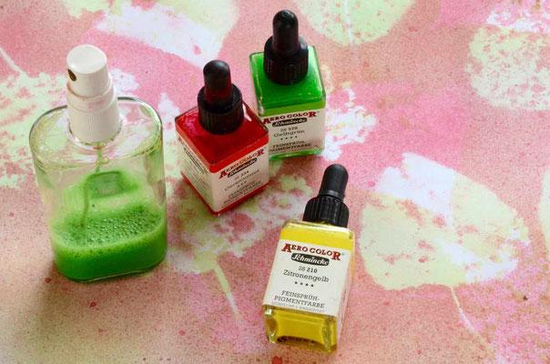 Zum Sprühen eigenen sich Airbrushfarben, Tinten und Arcylfarben