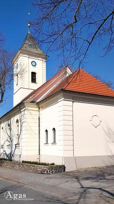Immobilienmakler Hermsdorf - Dorfkirche Alt-Hermsdorf