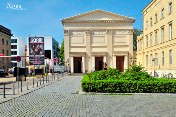 Berlin-Mitte, Maxim Gorki Theater