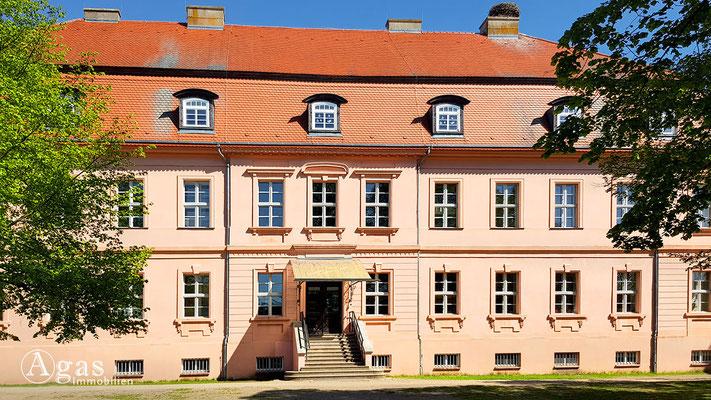 Immobilienmakler Straupitz - Gutshaus Straupitz (Grundschule)