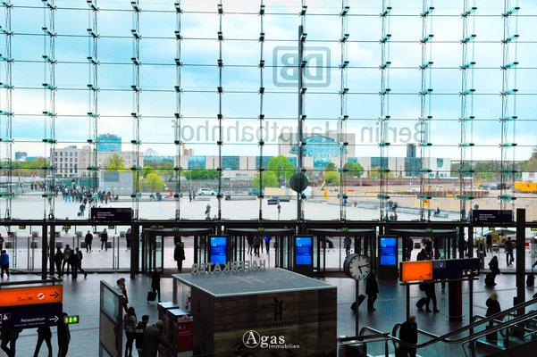 Berlin-Mitte-Tiergarten - Berlin Hauptbahnhof, Blick zum Washingtonplatz (1)