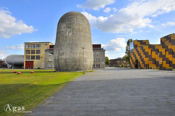 Berlin-Adlershof - Trudelturm im Aerodynamischen Park auf dem Campus Adlershof