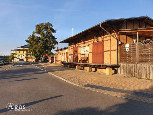 Immobilienmakler Bestensee - Bahnhof Bestensee, historische Güterverladerampe