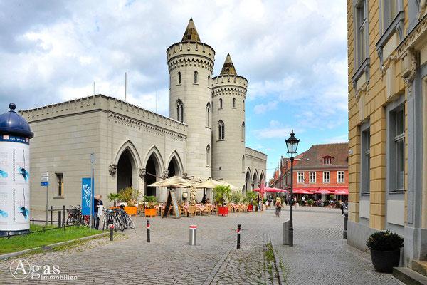 Immobilienmakler Potsdam - Restaurants am Nauener Tor