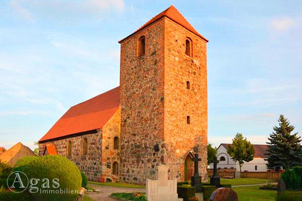 Makler Ahrensdorf Dorfkirche