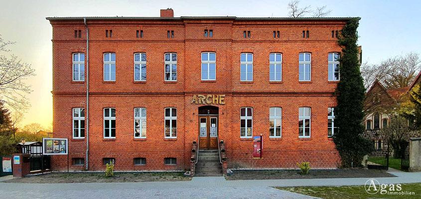 Immobilienmakler Neuenhagen - Alte Dorfschule - Arche