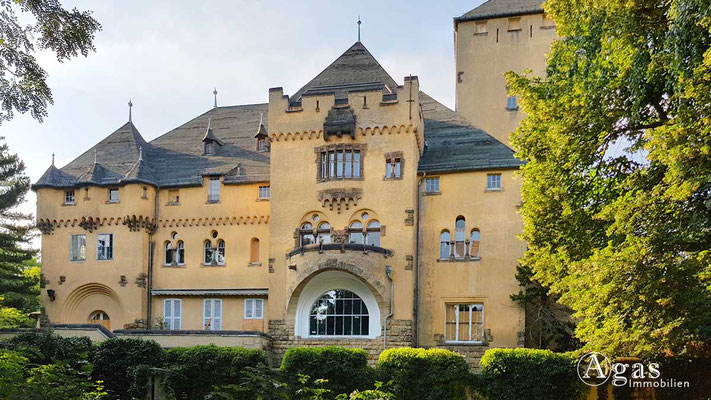 Makler Kleinmachnow - Neue Hakeburg (erbaut 1908)