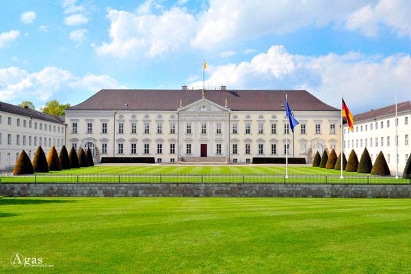 Berlin-Mitte-Tiergarten - Schloss Bellevue, Amtssitz des Bundespräsidenten