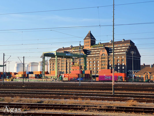 Immobilienmakler Berlin-Moabit - BEHALA Westhafen