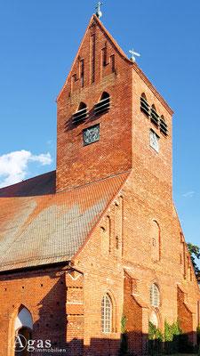 Immobilienmakler Kremmen - Nikolaikirche mit baulichen Ursprüngen aus dem 12. Jahrhundert
