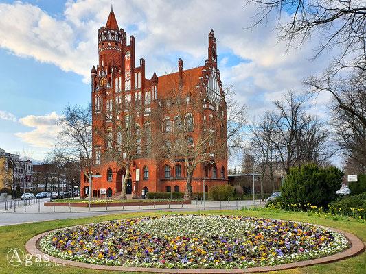 Immobilienmakler Schmargendorf - Rathaus am Berkaer Platz