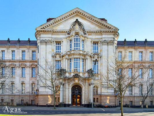 Immobilienmakler Berlin-Moabit - Landgericht Berlin, Amtsgericht Tiergarten