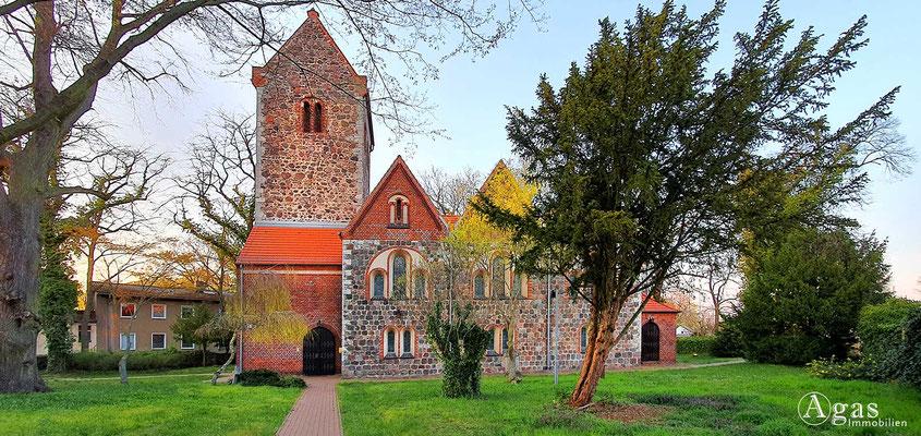 Immobilienmakler Neuenhagen - Alte Dorfkirche Nord
