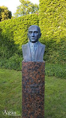 Immobilienmakler Hoppegarten - Dr. Erich Klausner-Denkmal (Ministerialdirektor)