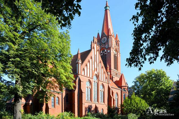 Immobilienmakler Lichterfelde - Ev. Paulus-Kirche
