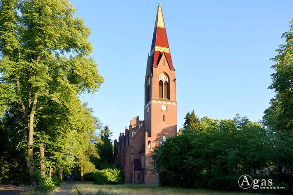 Immobilienmakler Lichterfelde - Ev. Petruskirche Lichterfelde
