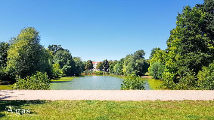 Immobilienmakler Mariendorf - Blümelteich im Volkspark Mariendorf
