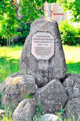 """Woltersdorf - Gedenkstein Verschönerungsverein """"Kranichsberg""""e.V."""