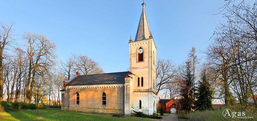 Immobilienmakler Neuenhagen - Dorfkirche in Bollensdorf (Kirche Süd)