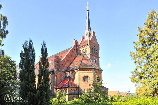 Potsdam-Golm - Die neugotische Ev. Kaiser-Friedrich-Kirche (1)