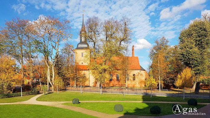 Makler Nauen-Ribbeck - Ev. Kirche zu Ribbeck - Am Birnbaum