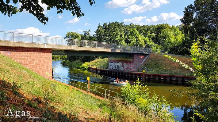 """Immobilienmakler Pinnow - Idylle zwischen """"Haveleck"""" und """"Venedig"""" am Kanal"""