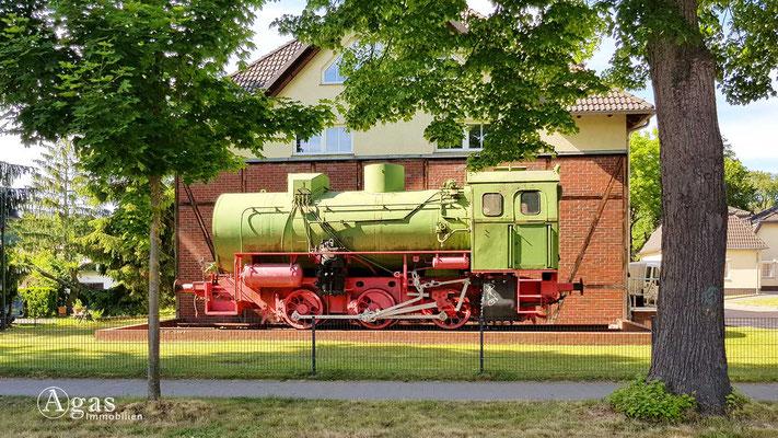 Historische Lokomotive der Altlandsberger Kleinbahn (1898-1965)