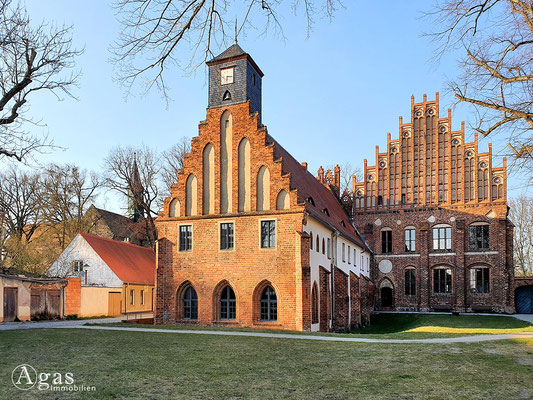 Immobilienmakler Jüterbog - Kloster Zinna (Siechenhaus & Abtei)